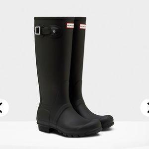 Hunter Women's original tall rain boot: black